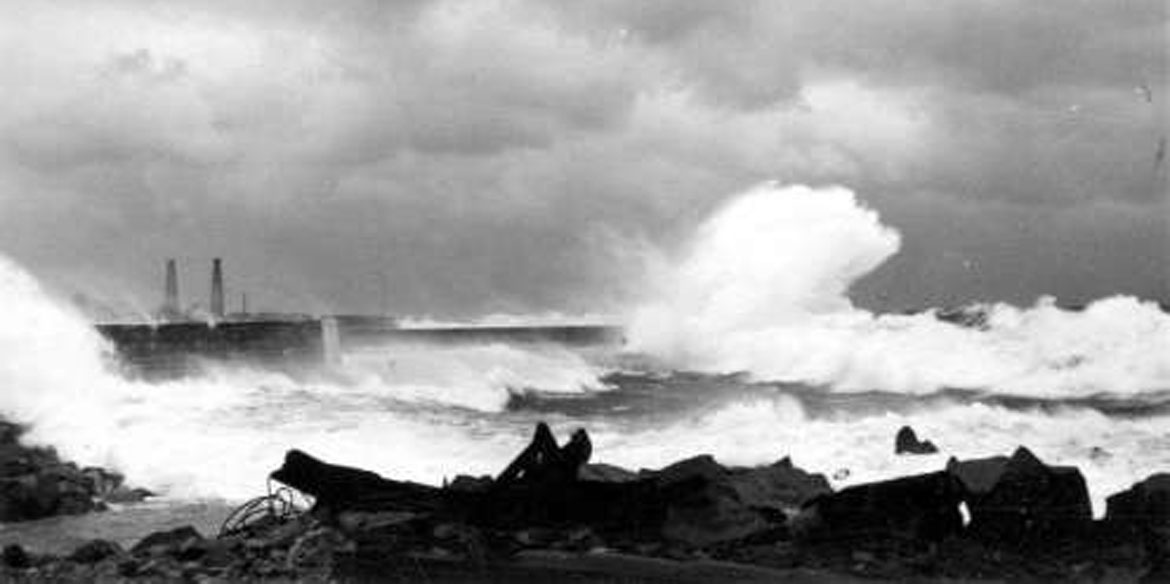 Storm at the North Sea - Historical recording